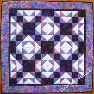 King Old Maids Puzzle Pieced Pattern Quilt